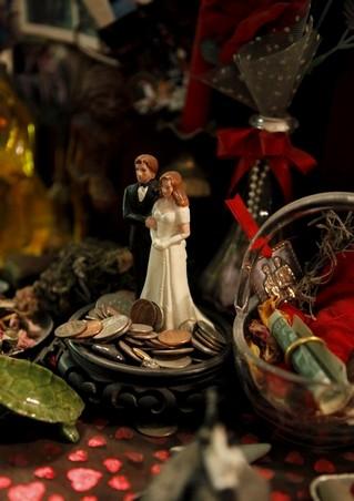 Love-Altar-at-the-Lucky-Mojo-Curio-Company