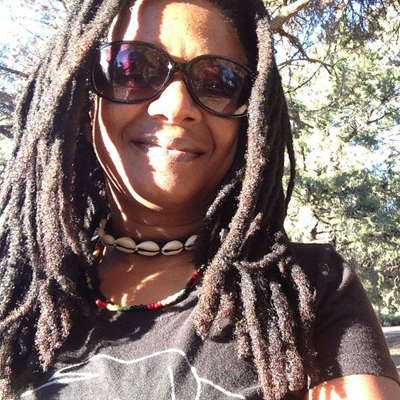 Beverley-Smith-In-The-Streets-on-LMC-Radio-Network